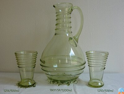Bottle with 6x sklenicema of historical glass -  1x 1307/SP/1200 ml a 6x 1214/100ml